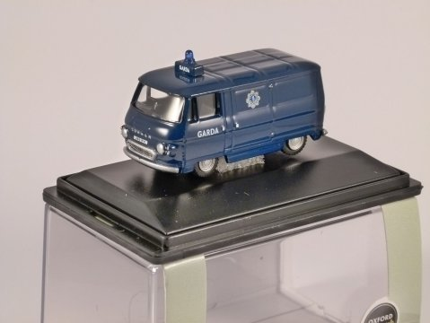 COMMER PB - Garda - 1/76 scale model OXFORD DIECAST