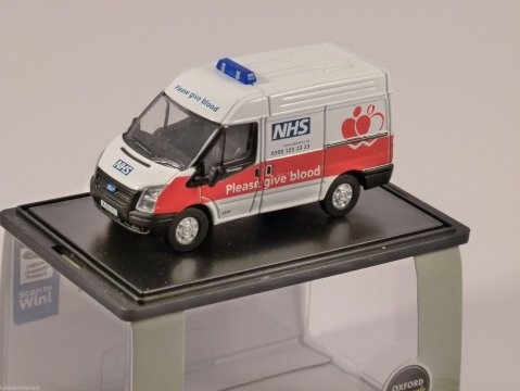 FORD TRANSIT NHS Blood Donor Van 1/76 scale model OXFORD DIECAST