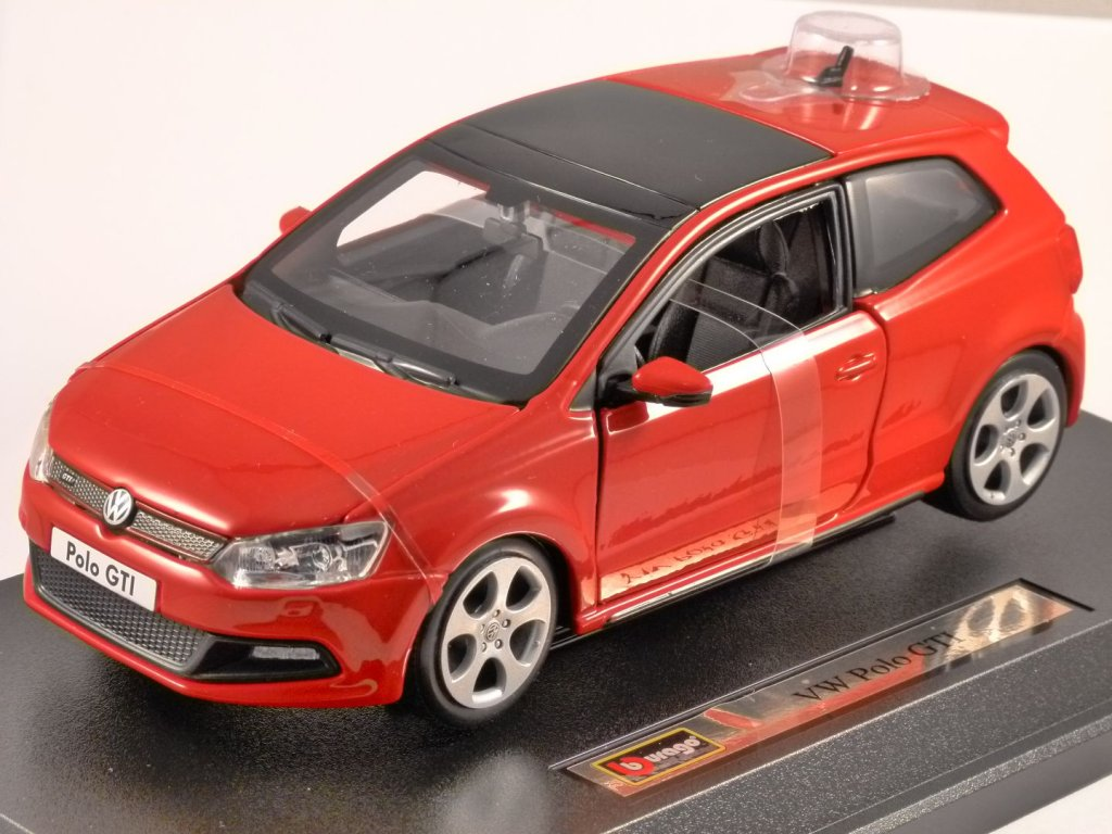 VOLKSWAGEN POLO GTi M5 in Red - 1/24 scale model by Burago
