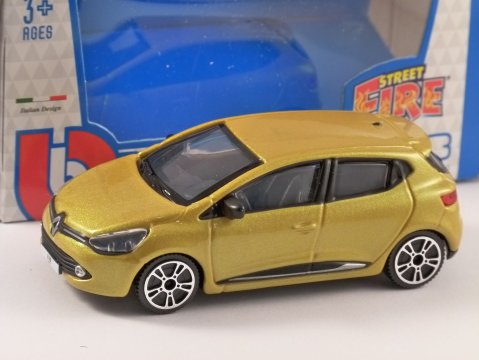 2013 RENAULT CLIO in Yellow - 1/43 scale model by Burago