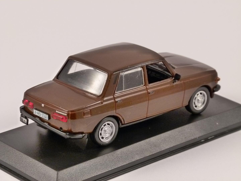 wartburg 353 in brown 1 43 scale model by altaya. Black Bedroom Furniture Sets. Home Design Ideas