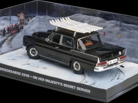 MERCEDES 220S - On Her Majesty's Secret Service - 1/43 scale model James Bond