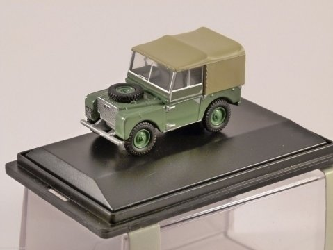 LAND ROVER S1 80 in Sage Green - 1/76 scale model OXFORD DIECAST