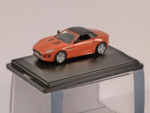 JAGUAR F TYPE in Firesand 1/76 scale model OXFORD DIECAST