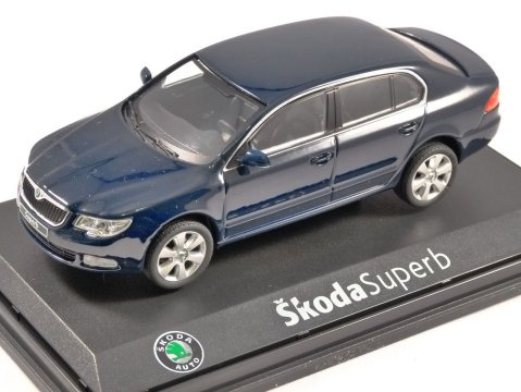 SKODA SUPERB II in Storm Blue 1/43 scale model ABREX