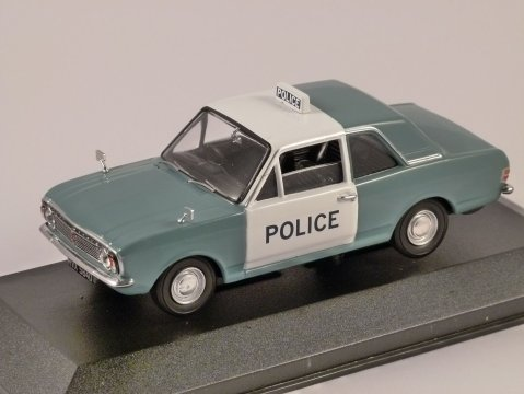 FORD CORTINA Mk2 Manchester & Salford Police 1/43 scale model CORGI Vanguards