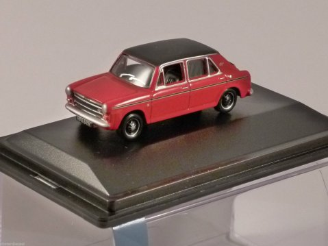 AUSTIN 1300 in Flame Red 1/76 scale model OXFORD DIECAST