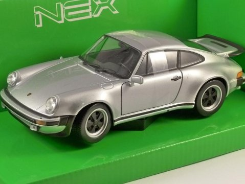 1974 PORSCHE 911 TURBO 3.0 in Silver 1/24 scale model by WELLY