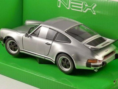 1974 PORSCHE 911 TURBO 3.0 in Silver 1/24 scale model by WELLY