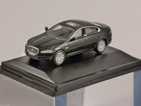 JAGUAR XF in Ultimate Black 1/76 scale model OXFORD DIECAST