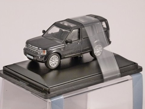 LAND ROVER DISCOVERY 4 in Black 1/76 scale model OXFORD DIECAST