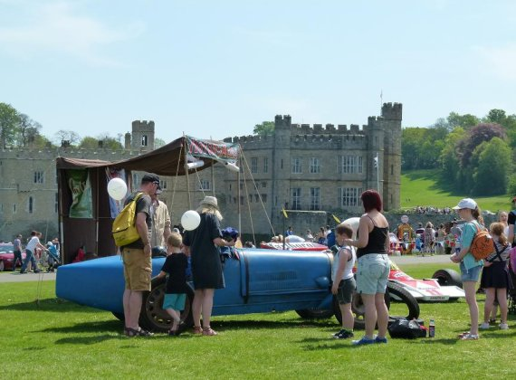 Show Reports - Motors By The Moat, Leeds Castle