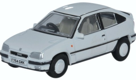 VAUXHALL ASTRA Mk2 GTE in White 1/76 scale model OXFORD DIECAST