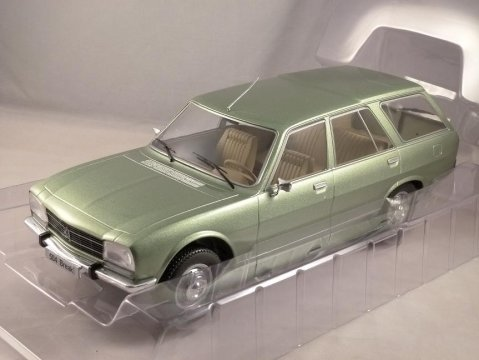 1976 PEUGEOT 504 ESTATE in Green 1/18 scale model by MCG