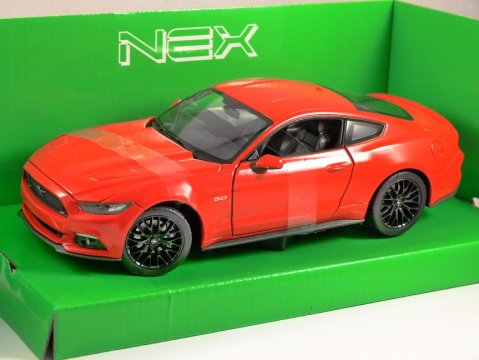 2015 FORD MUSTANG GT in Red 1/24 scale model by WELLY