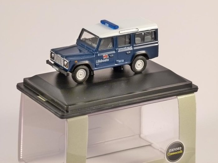 LAND ROVER DEFENDER - RNLI - 1/76 scale model OXFORD DIECAST
