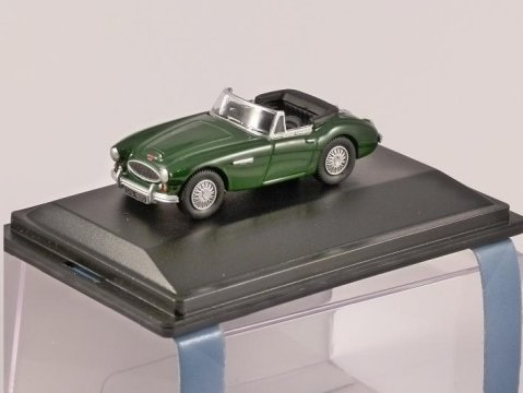 AUSTIN HEALEY 3000 in British Racing Green 1/76 scale model OXFORD DIECAST