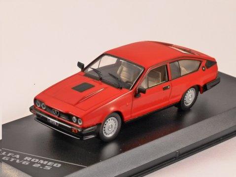 ALFA ROMEO GTV6 2.5 in Red 1/43 scale model by Whitebox