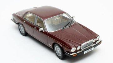 JAGUAR XJ Series III in Red Metallic - 1/18 scale model by Cult Scale Models