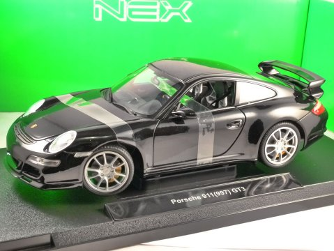PORSCHE 911 (997) GT3 in Black 1/18 scale model by WELLY