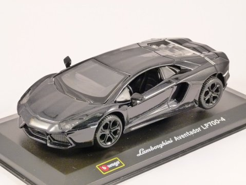 LAMBORGHINI AVENTADOR LP700-4 in Black 1/32 scale model by Burago