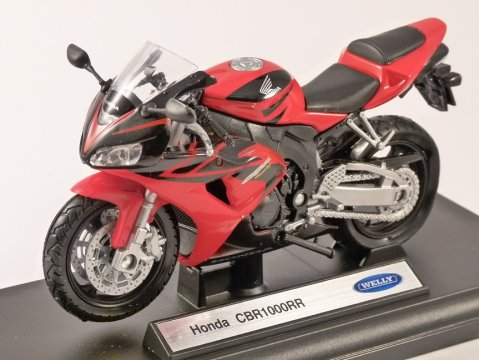 HONDA CBR 1000RR 1/18 scale model by WELLY