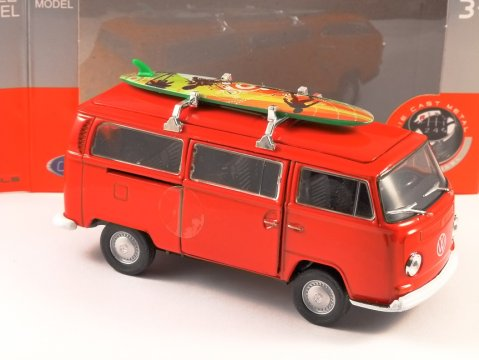 1972 VOLKSWAGEN T2 SURF in Red 1/38 scale model by WELLY
