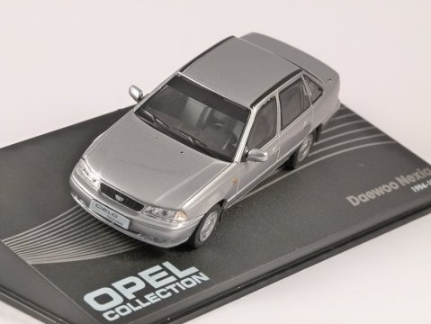 1994 - 97 DAEWOO NEXIA in Silver 1/43 scale model ALTAYA
