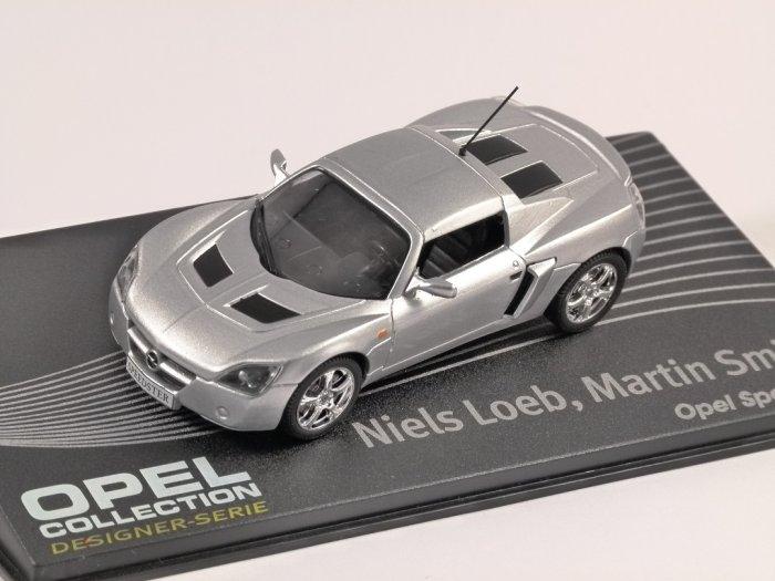 OPEL SPEEDSTER in Silver 1/43 scale model ALTAYA