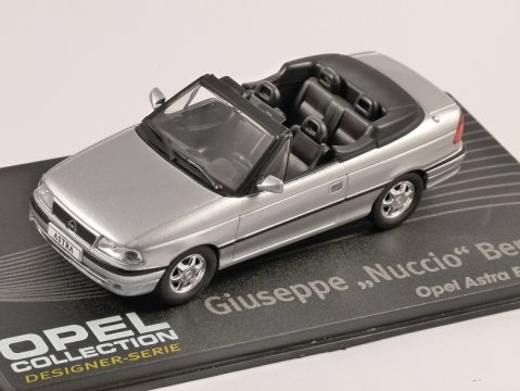 OPEL ASTRA F CABRIOLET in Silver 1/43 scale model ALTAYA