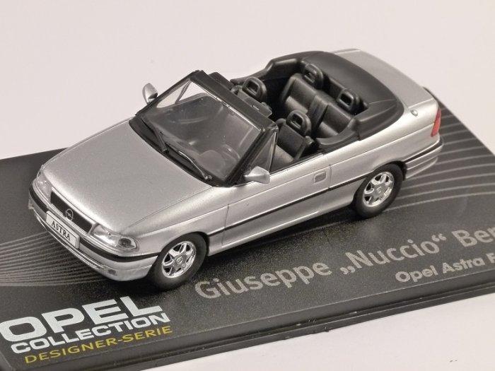 OPEL ASTRA F CABRIOLET in Silver 1/43 scale model ALTAYA