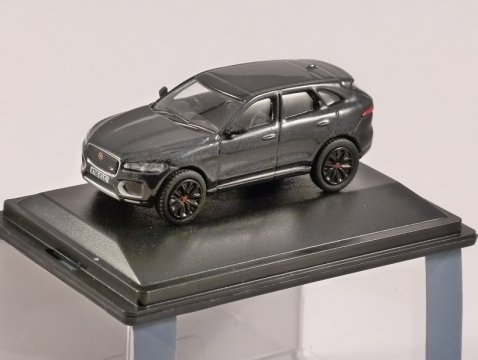 JAGUAR F-PACE in Black 1/76 scale model OXFORD DIECAST