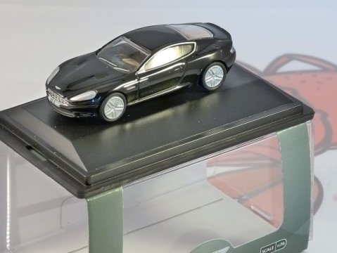 ASTON MARTIN DB9 COUPE in Onyx Black 1/76 scale model OXFORD DIECAST