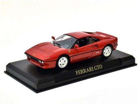 FERRARI GTO in Red - 1/43 scale partwork model