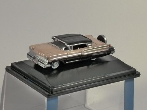 1957 MERCURY TURNPIKE in Black / Peach 1/87 scale model OXFORD DIECAST