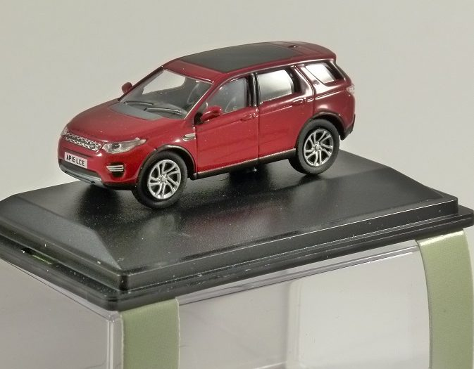LAND ROVER DISCOVERY SPORT in Firenze Red 1/76 scale model OXFORD DIECAST
