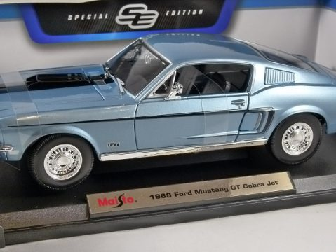 1968 FORD MUSTANG GT COBRA JET in Blue 1/18 scale model by MAISTO