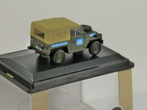 LAND ROVER 1/2 Ton Lightweight - United Nations 1/76 scale model OXFORD DIECAST