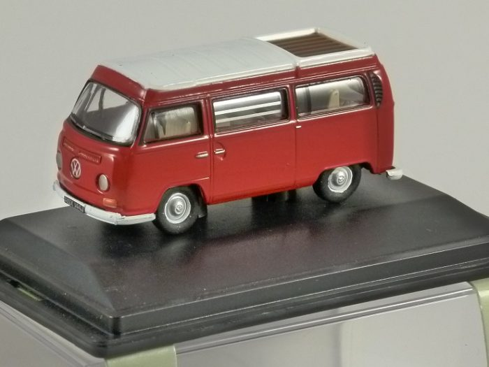 VOLKSWAGEN T2 Camper in Senegal Red 1/76 scale model OXFORD DIECAST