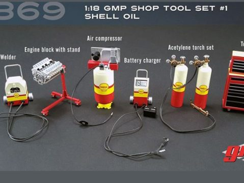 SHELL OIL WORKSHOP / GARAGE SET 1/18 scale model by GMP