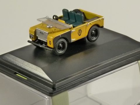 LAND ROVER S1 Open Top - AA - 1/76 scale model OXFORD DIECAST