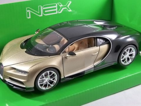 BUGATTI CHIRON in Gold 1/24 scale model by WELLY