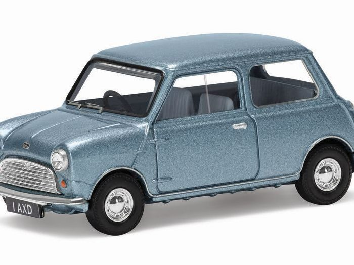 AUSTIN MINI 7 in Zircon Blue 1/43 scale model by Corgi Vanguards