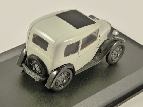 AUSTIN SEVEN RN Saloon in Light Grey 1/43 scale diecast model by OXFORD DIECAST
