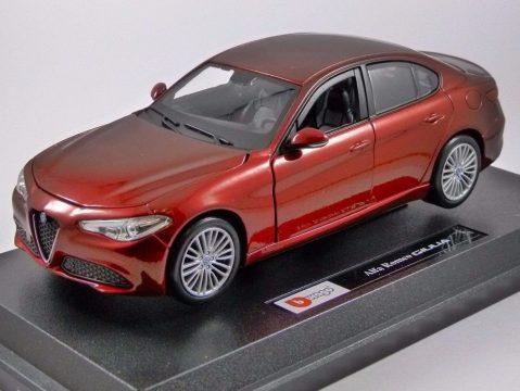 ALFA ROMEO GIULIA in Red - 1/24 scale model by Burago