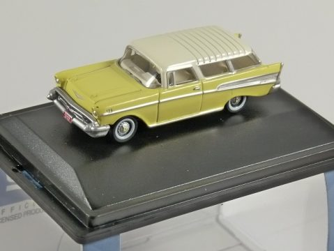 1957 CHEVROLET NOMAD in Cream / Ivory 1/87 scale model OXFORD DIECAST