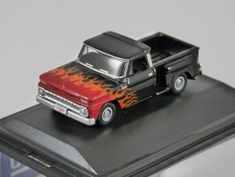 1965 CHEVROLET STEPSIDE PICKUP in Black / Flames 1/87 scale model OXFORD DIECAST