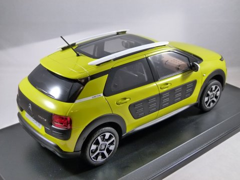 2014 CITROEN C4 CACTUS in Yellow 1/18 scale model by Norev