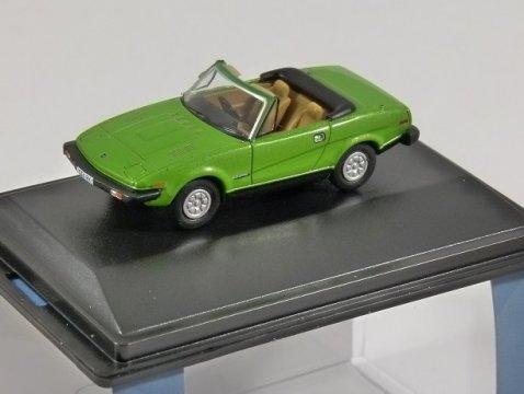 TRIUMPH TR7 in Triton Green 1/76 scale model OXFORD DIECAST