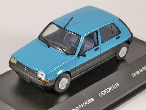 RENAULT 5 SUPERCINQ 5dr in Blue 1/43 scale model by Odeon